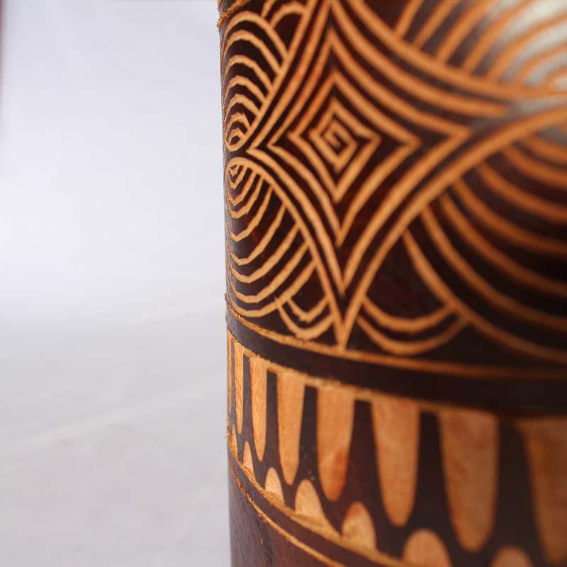 60cm Dark Closeup